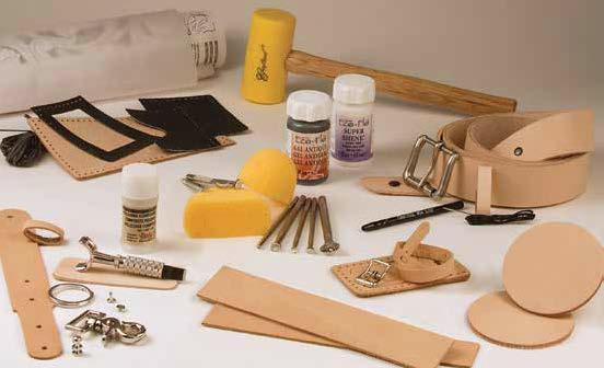 deluxe carving leather set